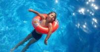Chillout-cik w basenie